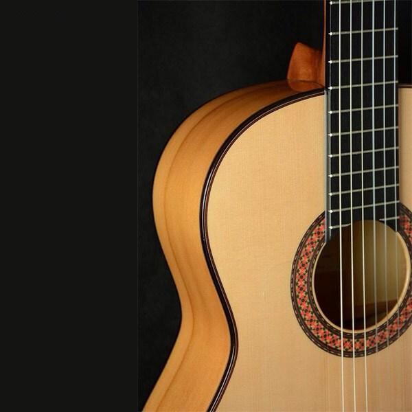 گیتار فلامنکو آلمانزا مدل 447